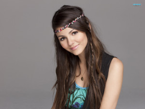 Victoria Justice HD Wallpaper Widescreen